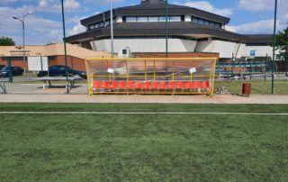 Wiaty stadionowe - wersja z czerwonymi krzesełkami