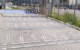 Stojaki rowerowe niskie