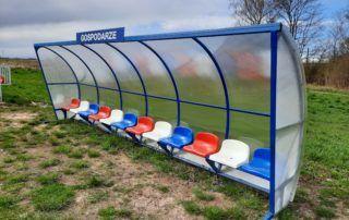 wiata stadionowa z siedziskami